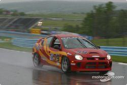 la Dodge Neon SRT4 n°59 de l'équipe The Fat And The Furious XXL pilotée par Peter Mansolillo, James Green