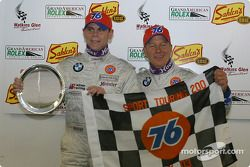 Podium: vainqueurs du classement général Steve Pfeffer, Donald Salama