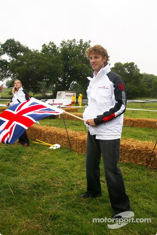 Tondeuse Honda et défi VTT: Jenson Button