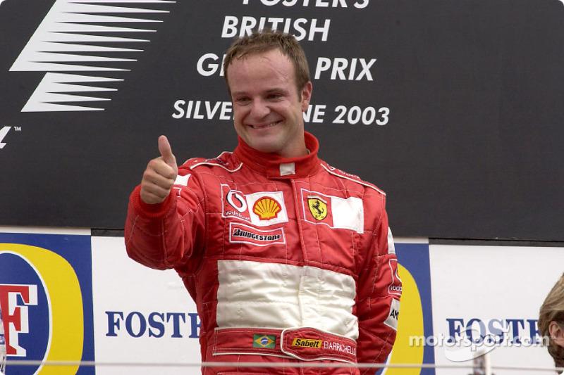 En 2003, Barrichello ganó en Inglaterra, prueba marcada por una nueva invasión de pista