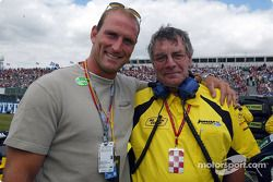 England Rugby international Lawrence Dallaglio con Gary Anderson