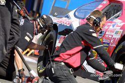 nouveaux pneus pour John Andretti