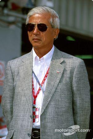 Le vice-président exécutif de Toyota Dr Akihiko Saito