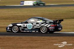 L'ancien pilote V8 Charlie O'Brien fait un retour attendu à la course automobile après une longue absence