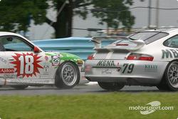 la Porsche GT3 Cup n°18 de l'équipe TPC Racing pilotée par Michael Levitas, Randy Pobst, et la Porsche GT3 Cup n°79 de l'équipe Foxhill Racing: pilotée par Michael Cawley, Andrew Davis