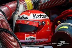 Kask, Ferrari pit area