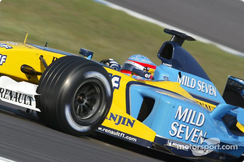 Monoplazas con los que ha disputado una carrera: 18 (en 2003, Renault cambió el R23 por el R23B a mitad de temporada)