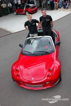 Kimi Raikkonen y David Coulthard visitan inteligente en Böblingen