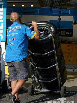 Renault F1 tire man