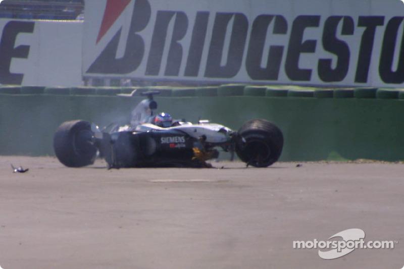 Kimi Raikkonen après le crash du premier virage