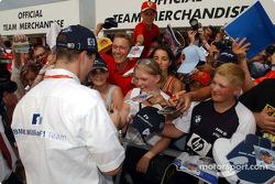 Ralf Schumacher, Williams-BMW merchandising stand