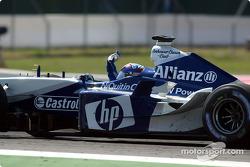 Yarış galibi Juan Pablo Montoya