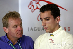 Justin Wilson met zijn manager Jonathan Palmer