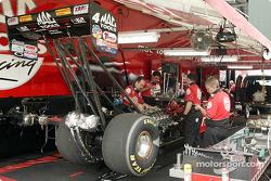 Doug Kalitta's crew is hard at work on his car