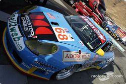la Porsche 911 GT3RS n°68 de l'équipe The Racer's Group pilotée par Chris Gleason, Marc Bunting