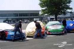 Dévoilement des voitures lors du tour de victoire