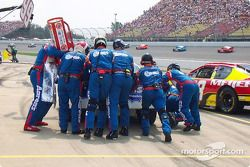 Gas and go for Michael Waltrip