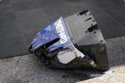 Le nez de la #20 Dyson Racing Team Lola EX257/AER MG accidentée