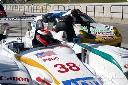 Pitstop for #38 Champion Racing Audi R8: J.J. Lehto, Johnny Herbert