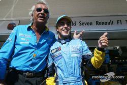 Flavio Briatore ve Fernando Alonso celebrate Pole: position