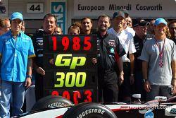 Giancarlo Minardi, Paul Stoddart, former drivers and Minardi team members celebrate Team Minardi 300th Grand Prix