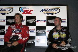 J.J. Yeley et Dave Steele