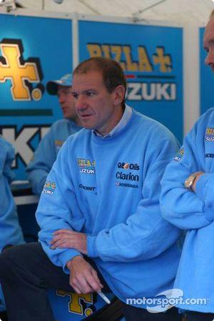 Niall Makenzie, ancien pilote GP et multiple champion de BSB