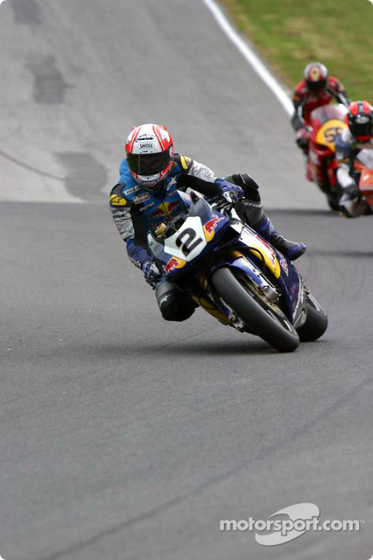 Michael Rutter back on the track in 12th place after a fall @ Halls Bends