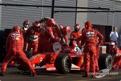 Entraînement aux arrêts au stand pour Michael Schumacher