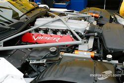 Le compatiment moteur de la #82 McCann Racing Dodge Viper Comp Coupe
