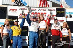 Podium de Speed Touring Car : Bill Auberlen, Jeff Altenburg et Chuck Hemmingson