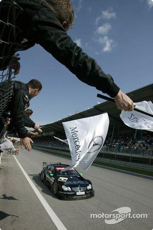 1. Marcel Fässler, Team HWA, AMG-Mercedes CLK-DTM 2003