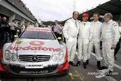 Niki Lauda a conduit des VIP autour de l'A1-Ring dans une AMG-Mercedes de DTM