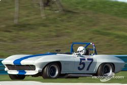 La #57 Chevrolet Corvette Roadster de 1963, détenue par Tim Gallagher
