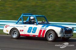 La #89 Datsun SPL311 de 1968, détenue par Edward Adams