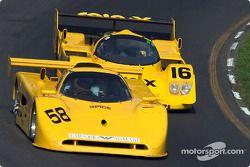 La #58 Spice Cosworth de 1991, détenue par Jim Loftis, devance la #16 Porsche 962C de 1991, détenue par Juan Gonzalez