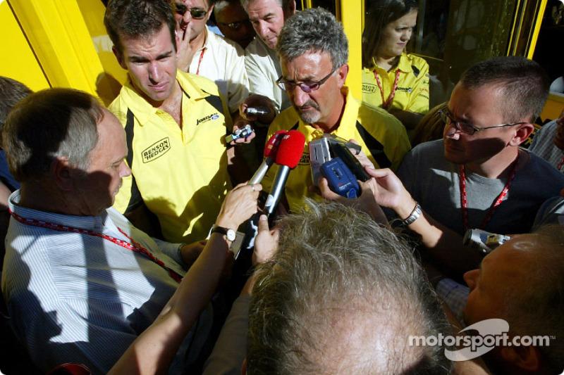 Ralph Firman et Eddie Jordan annoncent un changement de pilote pour le Grand Prix d'Italie