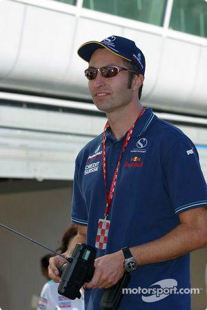 Heinz-Harald Frentzen essaie la nouvelle Sauber-Petronas C22 contrôlée par radio