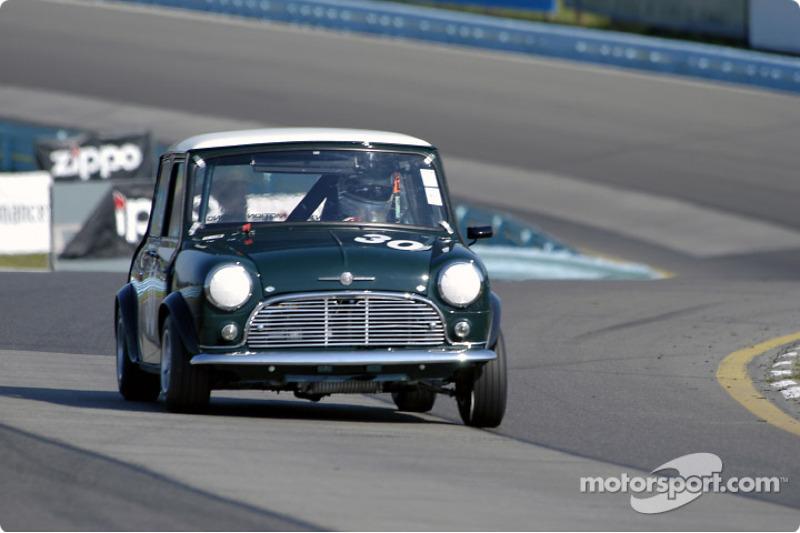 #30 1964 Morris Cooper-S