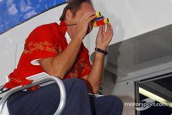 BMW Motorsport Direktör Gerhard Berger retirement party: Gerhard Berger, lifeguard?