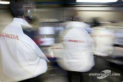 Honda mühendiss