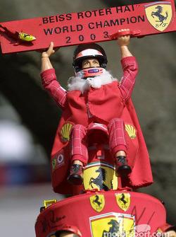 Une casquette Michael Schumacher 2003 World Champion