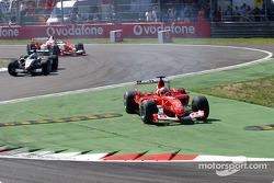 Premier tour : Rubens Barrichello coupe la chicane