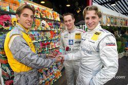 Pressekonferenz in Zandvoort: Jeroen Bleekemolen, OPC Euroteam, Opel Astra V8 Coupé 2002; Peter Tert