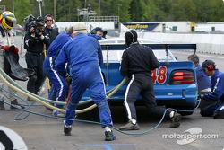 Pitstop for #48 Heritage Motorsports Mustang: Tommy Riggins, David Machavern, Joao Barbosa