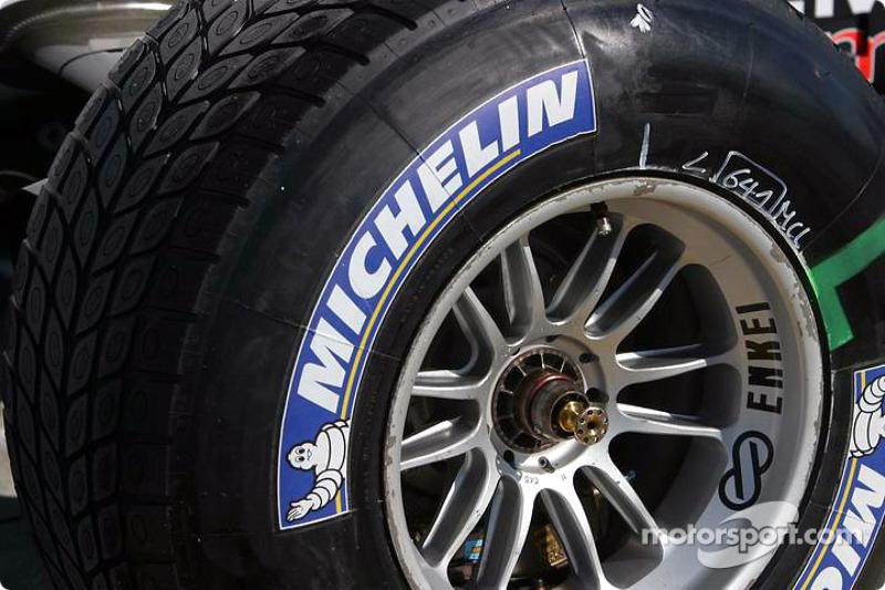 2000-е: возвращение Michelin и новая шинная война