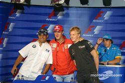 Conferencia de prensa de la FIA: Juan Pablo Montoya, Michael Schumacher y Kimi Raikkonen