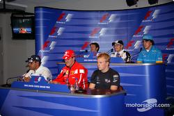 Thursday FIA basın toplantısı: Juan Pablo Montoya, Michael Schumacher, Kimi Raikkonen, Cristiano da