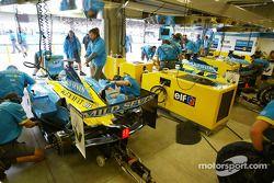 Renault F1 garajı area