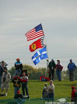 USA-Ferrari-Jacques Villeneuve taraftarı club